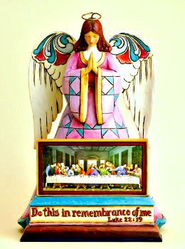 In Remembrance of Him - Last Supper Angel Figurine